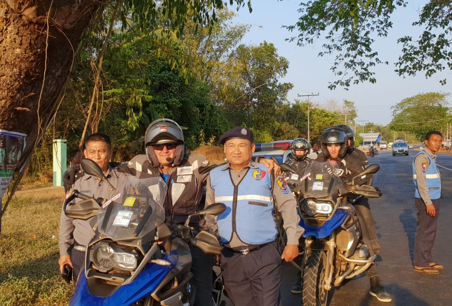 MY_Police_and_biker_DS