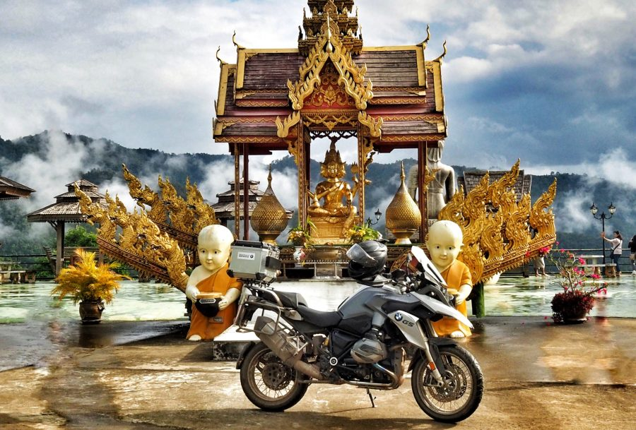 TH_bike_in_front_temple_Toni